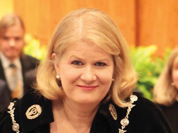 Haastattelussa Eva Liljeblom